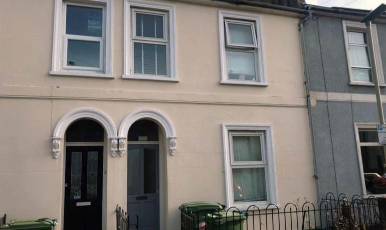 35, Courtenay Street, Cheltenham, GL50 4LR
